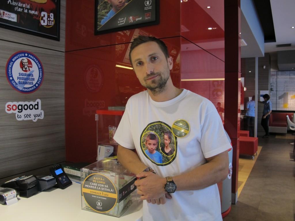 Dani Otil ne-a ajutat sa strangem donatii in restaurantul KFC Dorobanti.