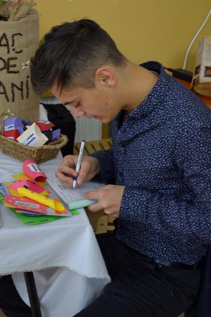 """Firma de exercitiu """"Creative Handmade"""" 1"""