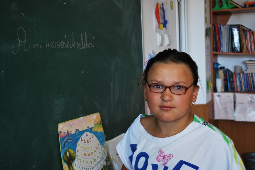 002 Gabriela 11 ani