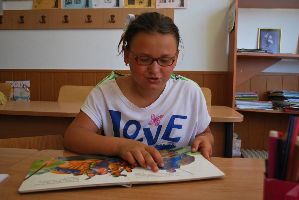 003 Gabriela 11 ani