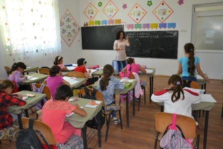Alina Catalinoiu, invatator Leordoasa, Dolj (7)