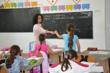 Alina Catalinoiu, invatator Leordoasa, Dolj (8)