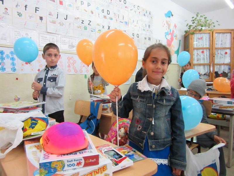 Donatie cadouri LIDL Romania, 1 iunie 2017 (3)