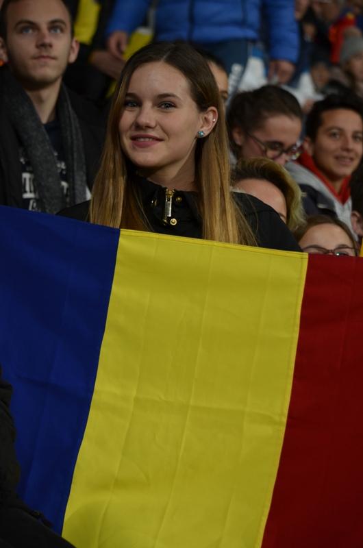 Copiii din programele World Vision România au fost alături de Echipa Naţională de Fotbal