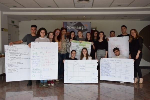 """Tinerii din Consiliul Consultativ al Copiilor World Vision România au luat parte la ,,Întâlnirea anuală de lucru"""""""