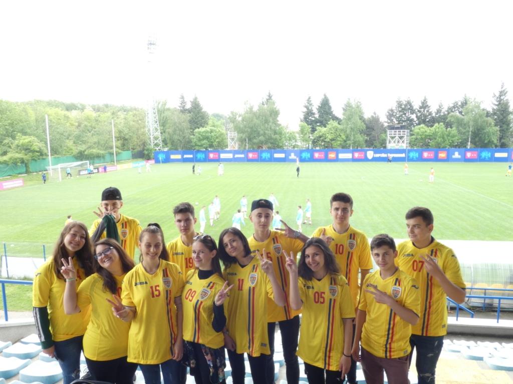 """Lotul de juniori """"Vreau în clasa a 9-a"""" din Cluj s-a reunit pe Arena Națională.  Cronica unei întâlniri amicale"""